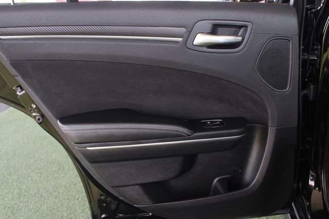 2012 Chrysler 300 SRT8 RWD - SAFETYTEC - NAV - PANO SUNROOFS! Mooresville , NC 50