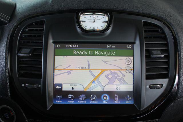 2012 Chrysler 300 SRT8 RWD - SAFETYTEC - NAV - PANO SUNROOFS! Mooresville , NC 4