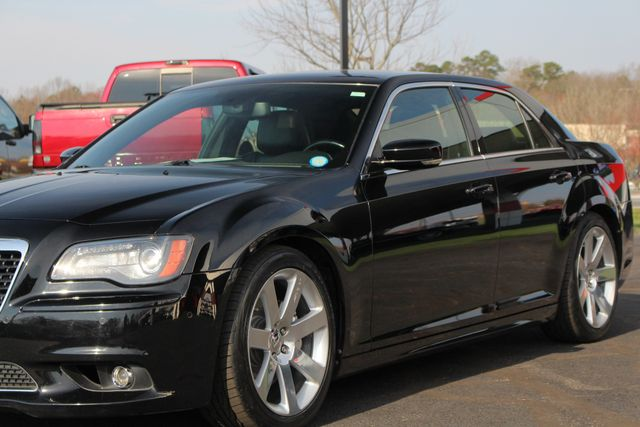 2012 Chrysler 300 SRT8 RWD - SAFETYTEC - NAV - PANO SUNROOFS! Mooresville , NC 30