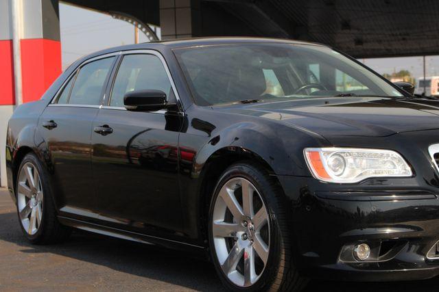2012 Chrysler 300 SRT8 RWD - SAFETYTEC - NAV - PANO SUNROOFS! Mooresville , NC 29