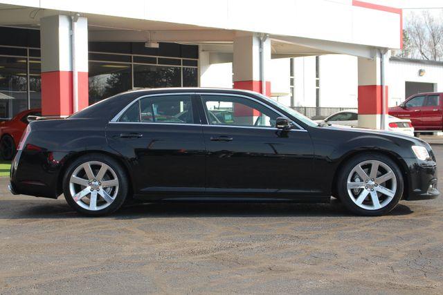 2012 Chrysler 300 SRT8 RWD - SAFETYTEC - NAV - PANO SUNROOFS! Mooresville , NC 17