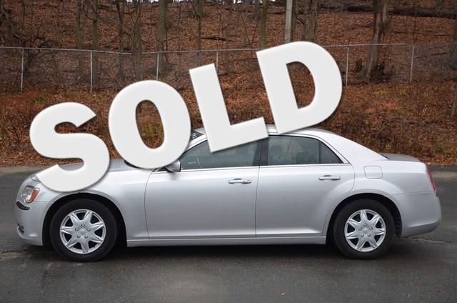 Used 2012 Chrysler 300, $9995