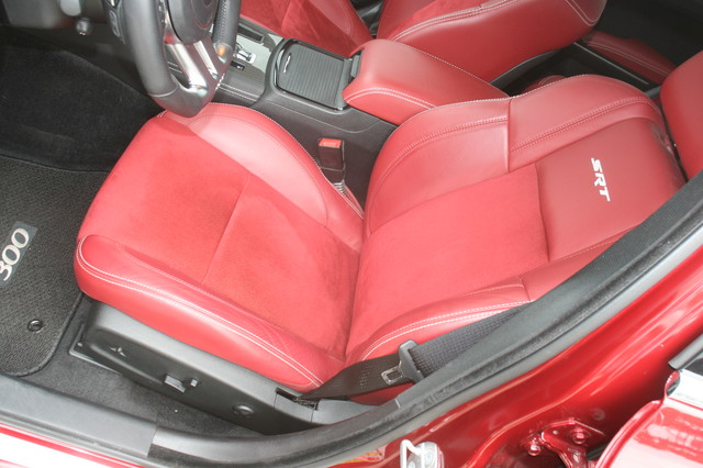 2012 Chrysler 300C SRT8 Houston, Texas 14