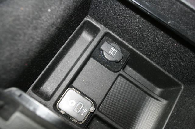 2012 Chrysler 300C SRT8 Houston, Texas 29