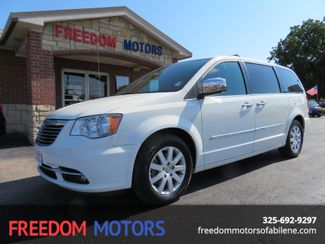 2012 Chrysler Town & Country Touring-L | Abilene, Texas | Freedom Motors  in Abilene,Tx Texas