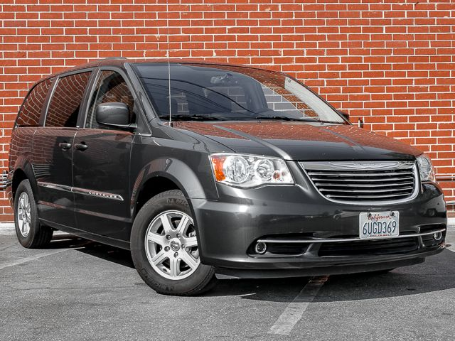 2012 Chrysler Town & Country Touring Burbank, CA 1