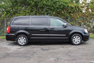 2012 Chrysler Town & Country Touring-L Hollywood, Florida 3