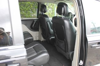 2012 Chrysler Town & Country Touring-L Hollywood, Florida 32