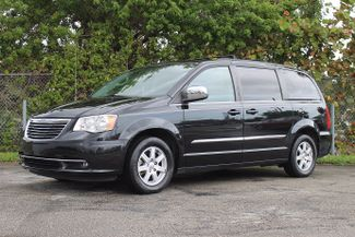 2012 Chrysler Town & Country Touring-L Hollywood, Florida 25