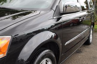 2012 Chrysler Town & Country Touring-L Hollywood, Florida 9