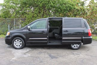 2012 Chrysler Town & Country Touring-L Hollywood, Florida 24