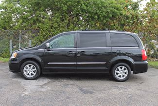 2012 Chrysler Town & Country Touring-L Hollywood, Florida 7