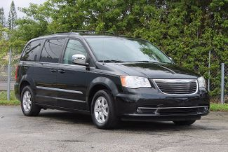 2012 Chrysler Town & Country Touring-L Hollywood, Florida 1