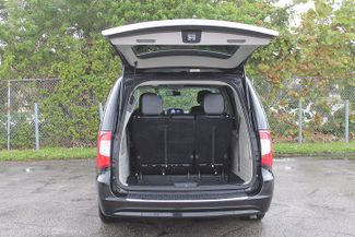 2012 Chrysler Town & Country Touring-L Hollywood, Florida 50