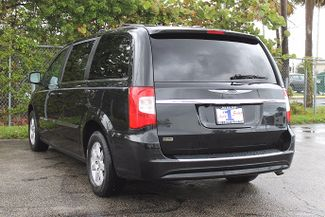 2012 Chrysler Town & Country Touring-L Hollywood, Florida 6