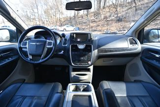 2012 Chrysler Town & Country Touring Naugatuck, Connecticut 13