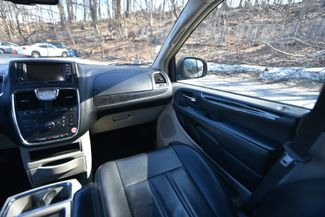 2012 Chrysler Town & Country Touring Naugatuck, Connecticut 14