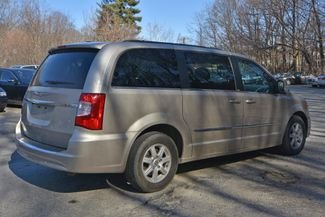 2012 Chrysler Town & Country Touring Naugatuck, Connecticut 4