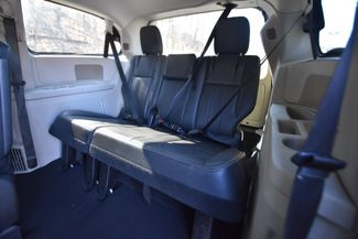 2012 Chrysler Town & Country Touring Naugatuck, Connecticut 9