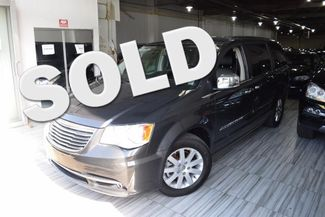 2012 Chrysler Town & Country Touring-L Richmond Hill, New York