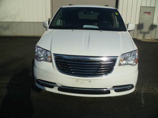 2012 Chrysler Town & Country Touring Roscoe, Illinois 2