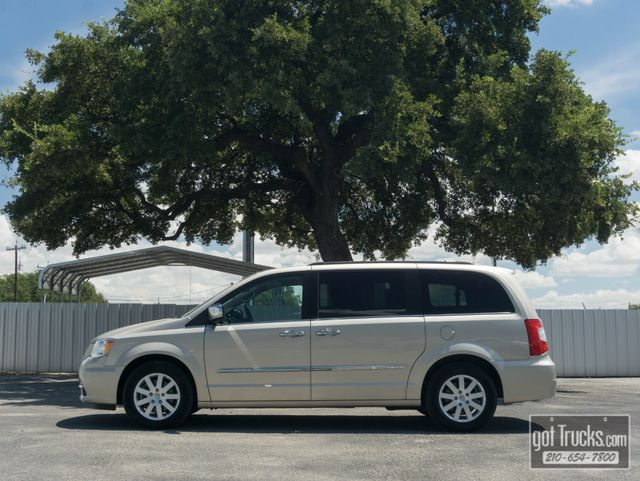 American Auto Brokers >> 2012 Chrysler Town Country Touring L 3 6l V6 American
