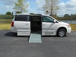 2012 Chrysler Town&Country Touring Handicap Van Pinellas Park, Florida