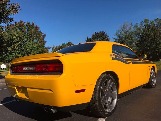 2012 Dodge Challenger R/T Classic Leesburg, Virginia 3