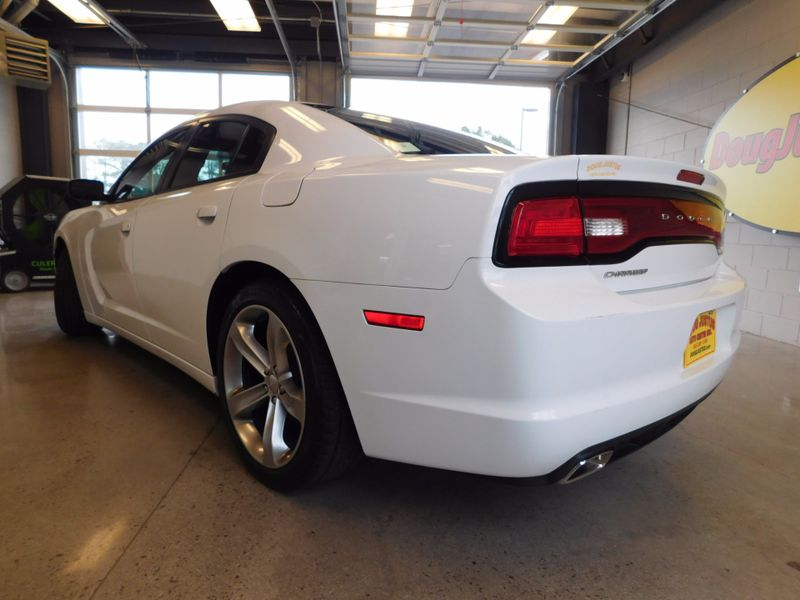2012 Dodge Charger SE  city TN  Doug Justus Auto Center Inc  in Airport Motor Mile ( Metro Knoxville ), TN