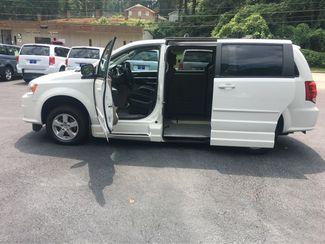2012 Dodge Grand Caravan SXT handicap wheelchair accessible van Dallas, Georgia 6