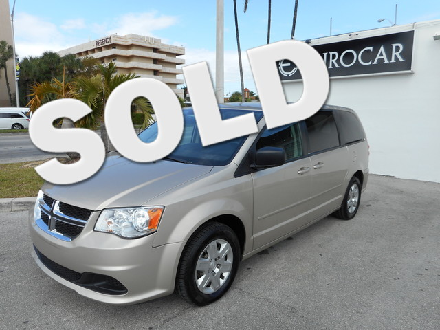 2012 Dodge Grand Caravan SE Take a look at this great and safe family van it is a 2012 DODGE CARAV