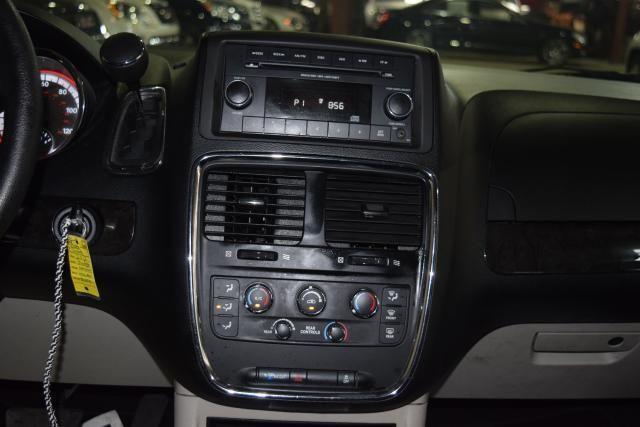 2012 Dodge Grand Caravan SXT Richmond Hill, New York 13