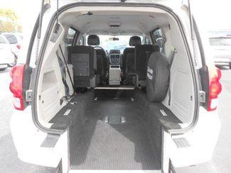 2012 Dodge Grand Caravan Sxt Handicap Van - DEPOSIT Pinellas Park, Florida 5