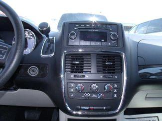 2012 Dodge Grand Caravan Sxt Handicap Van - DEPOSIT Pinellas Park, Florida 9