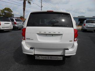 2012 Dodge Grand Caravan Sxt Handicap Van - DEPOSIT Pinellas Park, Florida 4
