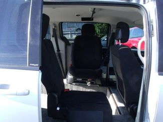 2012 Dodge Grand Caravan Sxt Wheelchair Van Pinellas Park, Florida 4