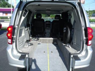 2012 Dodge Grand Caravan Sxt Wheelchair Van Pinellas Park, Florida 6