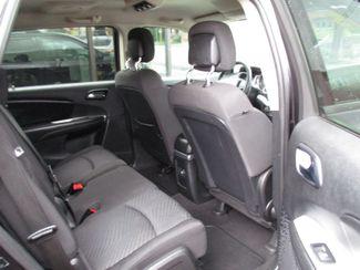 2012 Dodge Journey SXT Milwaukee, Wisconsin 16