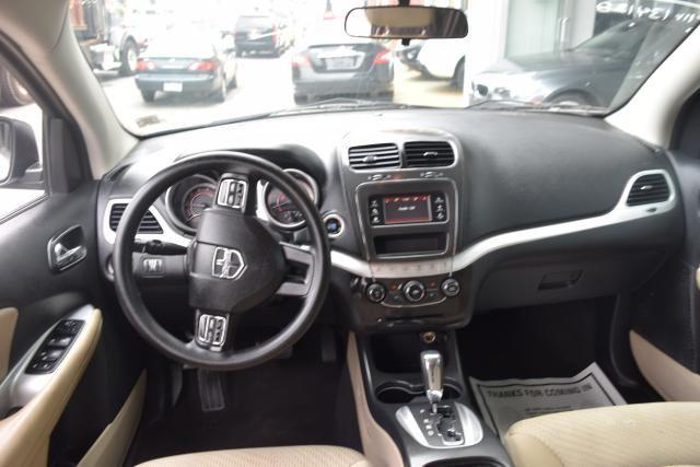 2012 Dodge Journey SXT Richmond Hill, New York 6
