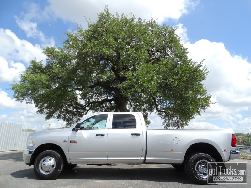 2012 Dodge Ram 3500 DRW Crew Cab ST 6.7L Cummins Turbo Diesel 4X4 in San Antonio Texas