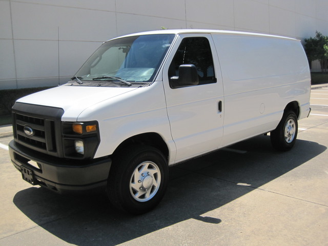 2012 Ford E250 Cargo Van, 1 Owner,  Ready to work, Plano, Texas 4