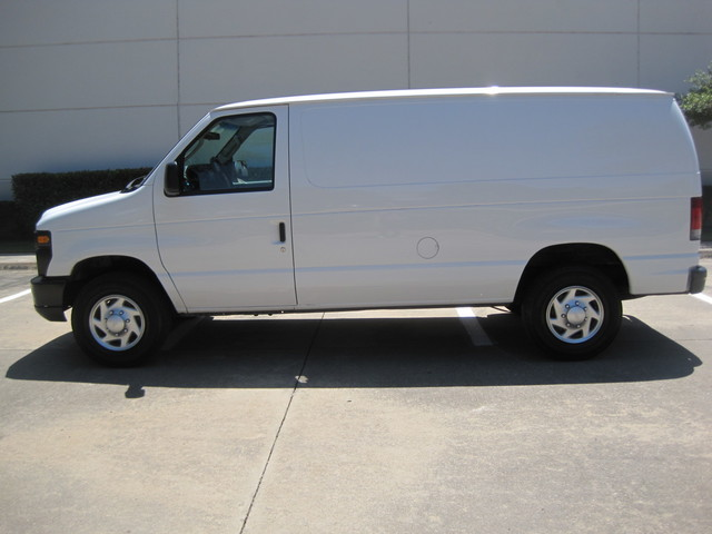 2012 Ford E250 Cargo Van, 1 Owner,  Ready to work, Plano, Texas 5