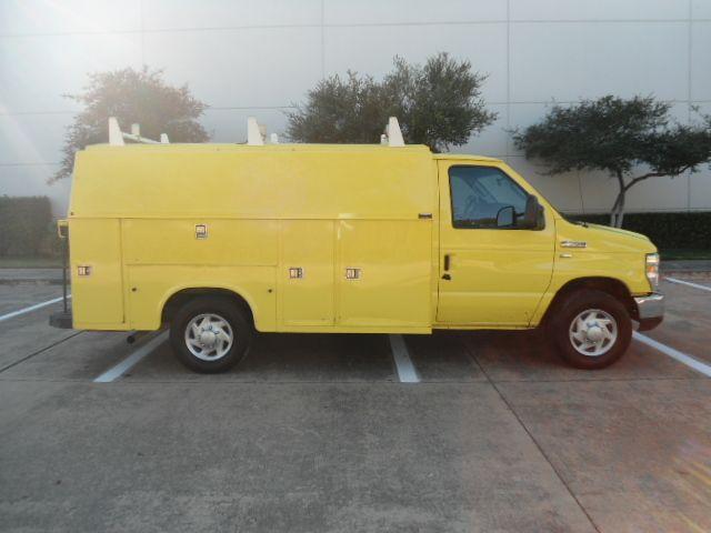 2012 Ford E-Series Cutaway KUV by Knapheide Plano, Texas 1