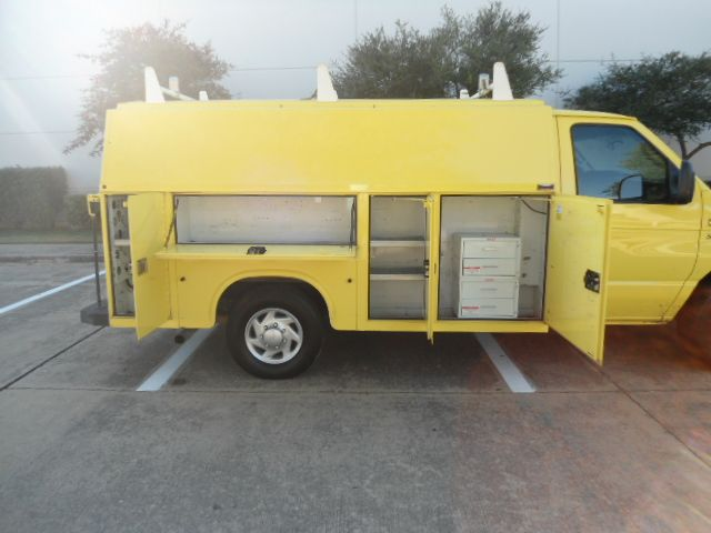2012 Ford E-Series Cutaway KUV by Knapheide Plano, Texas 4