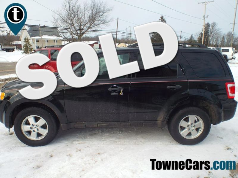 2012 Ford Escape XLT   Medina, OH   Towne Auto Sales in Medina OH