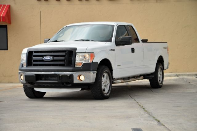 2012 Ford F-150 XL SuperCab 8-ft. Bed 4WD San Antonio , Texas 1