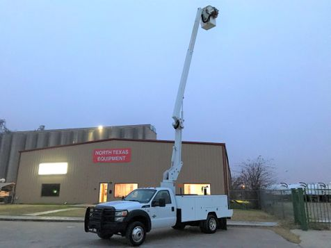 2012 Ford  F-550 4X4 BUCKET TRUCK  in Fort Worth, TX