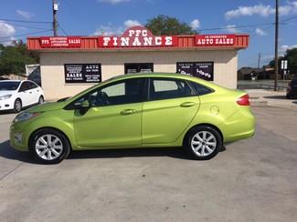 2012 Ford Fiesta SEL Devine, Texas