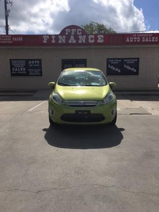 2012 Ford Fiesta SEL Devine, Texas 3