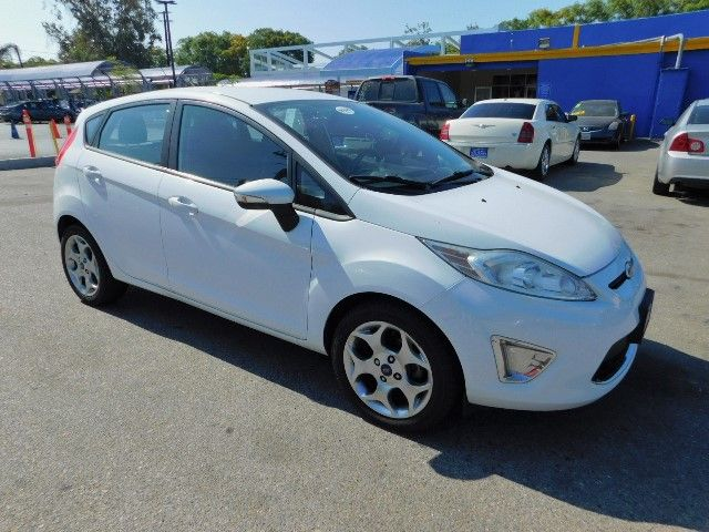 2012 Ford Fiesta SES Limited warranty included to assure your worry-free purchase AutoCheck repor